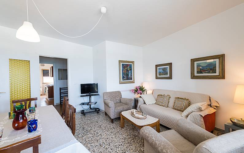 Appartamento BLUE con 3 stanze a 30 m dal mare Venezia