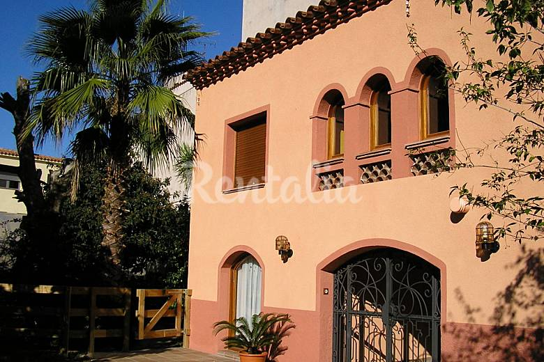Casa Exterior del aloj. Girona/Gerona Castell-Platja d'Aro casa