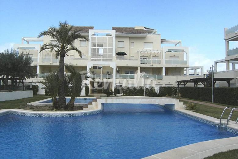 Dup3027 d plex 3 habitaciones a 300 m de la playa oliva for Piscinas publicas valencia
