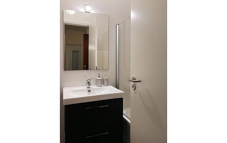 Entrecampos Bathroom Lisbon Lisbon Apartment - Bathroom
