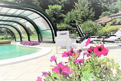 Appartamento in affitto con piscina giardino  BBQ  Brescia