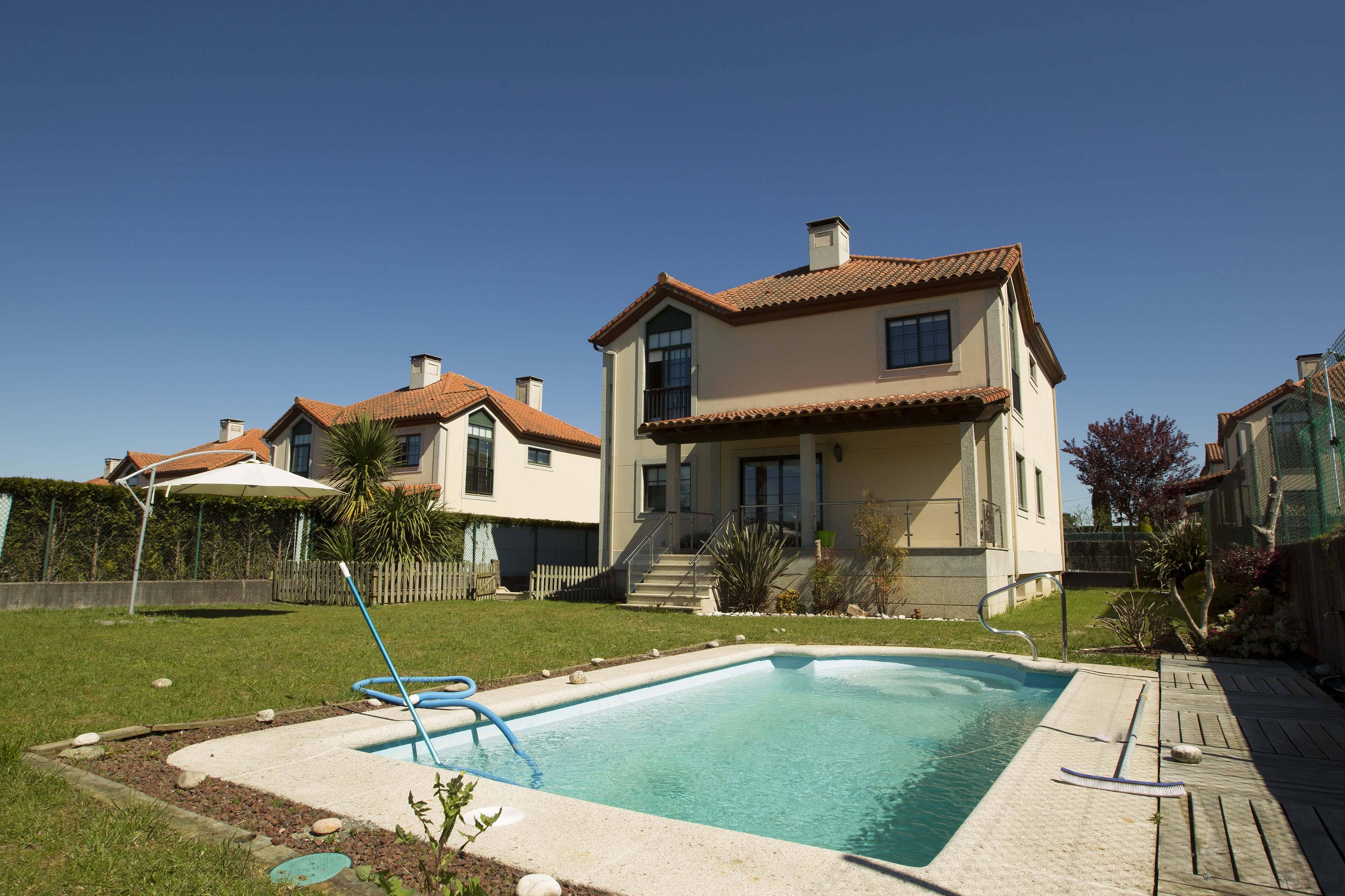 Casas de vacaciones en Bergondo - A Coruña/La Coruña. Chalets, casas ...