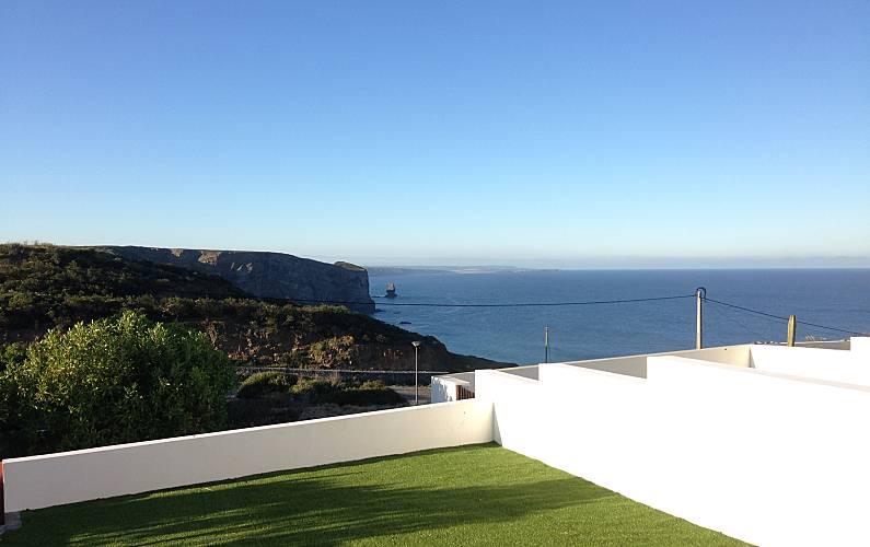 Casa Trinta, com 2 quartos a 500 m da praia Algarve-Faro - Jardim