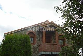 2 Houses 6 km from the beach Cantabria