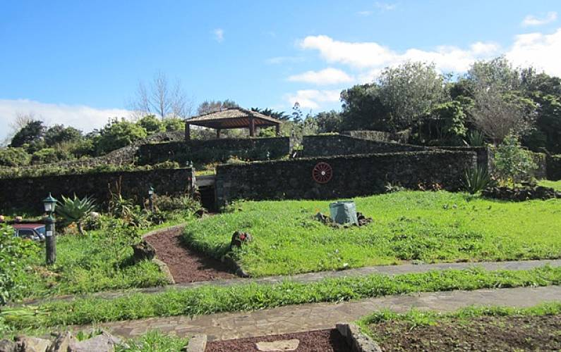 House Garden São Miguel Island Ponta Delgada Cottage - Garden