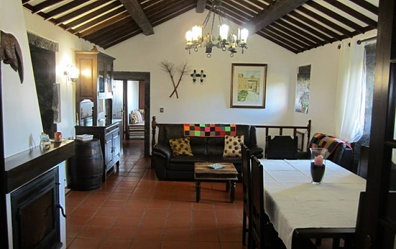 House Dining-room São Miguel Island Ponta Delgada Cottage - Dining-room