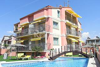 16 Apartamentos a 150 m da praia