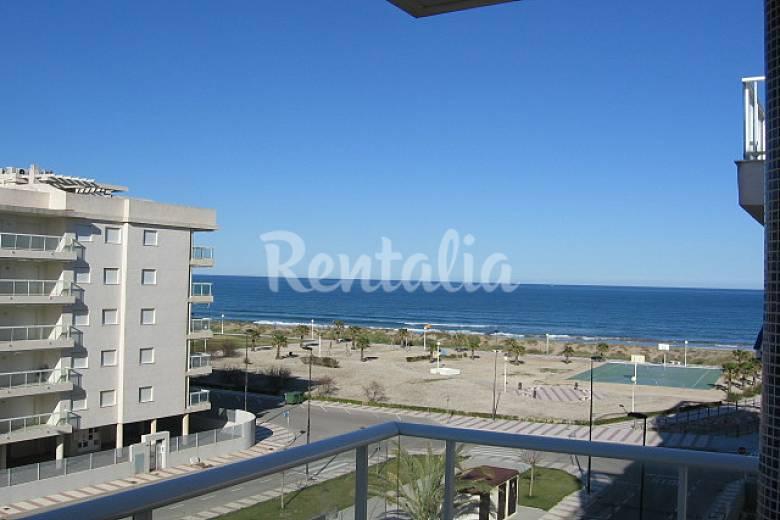 Daimuz apartamentos playa piscina daim s valencia - Apartamentos con piscina en valencia ...