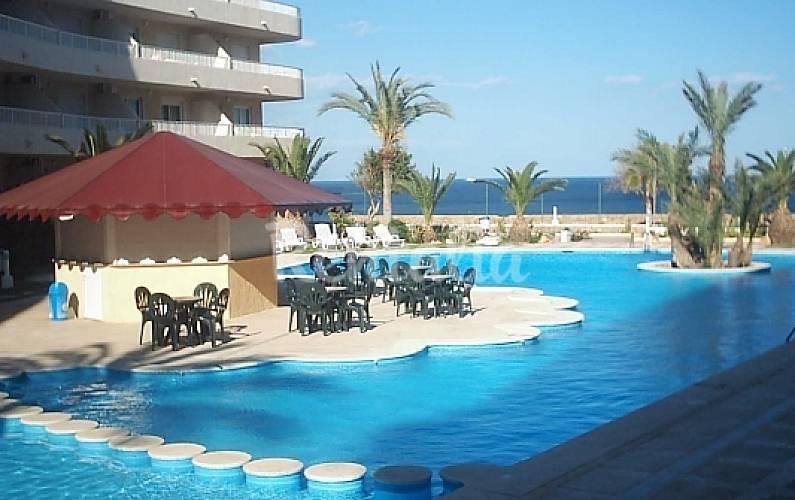 Apartamentos primera l nea con piscina pilar de la - Casas para alquilar en las mil palmeras ...