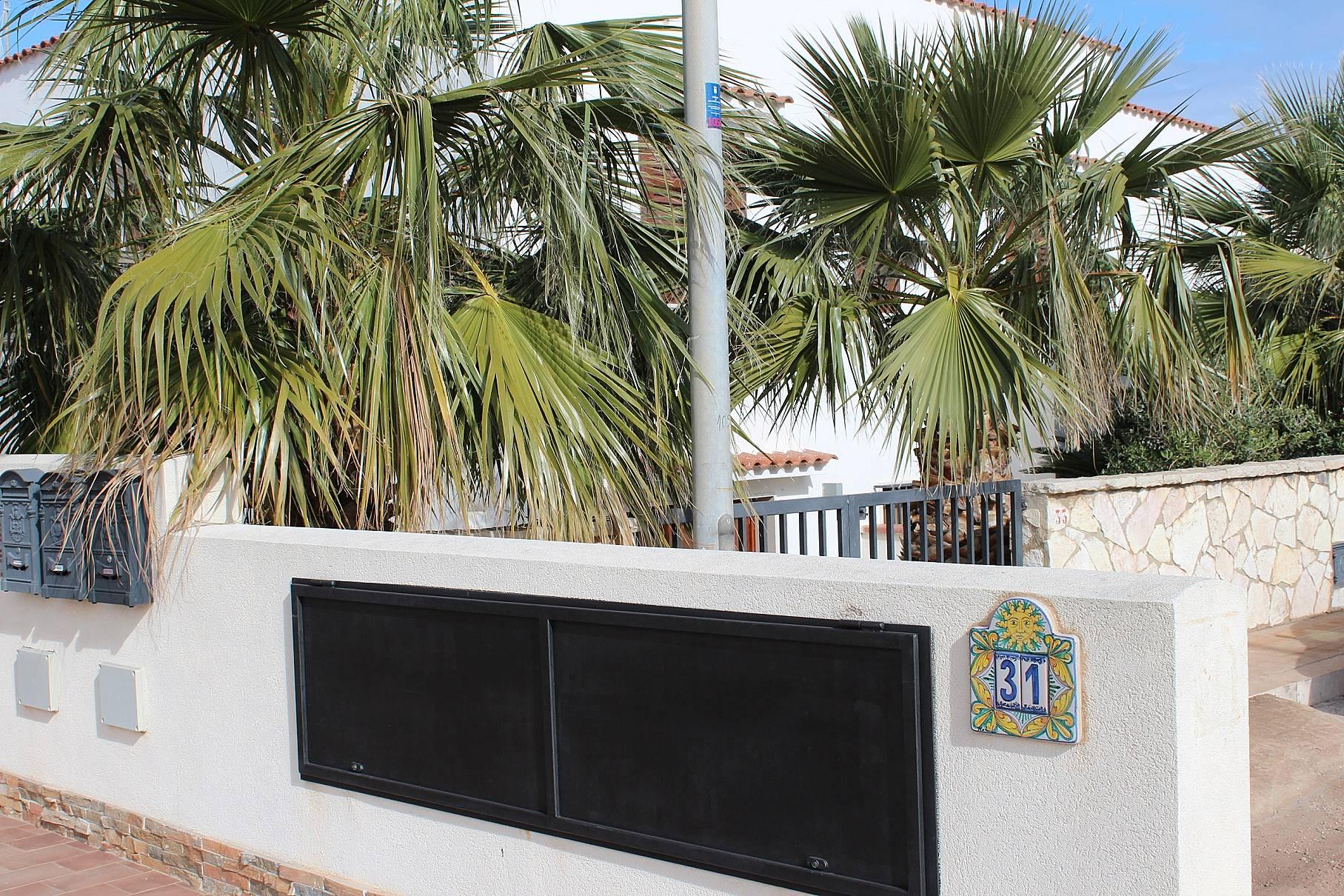Appartamento in affitto a 600 m dalla spiaggia san vito for Appartamento monolocale di 600 m