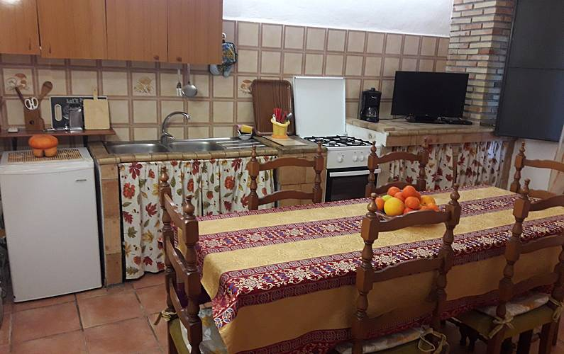 3 Kitchen Catania Calatabiano Countryside villa - Kitchen