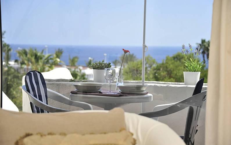 Vista mar!! Elegante Apartamento 2 min de la playa Lanzarote - Terraza