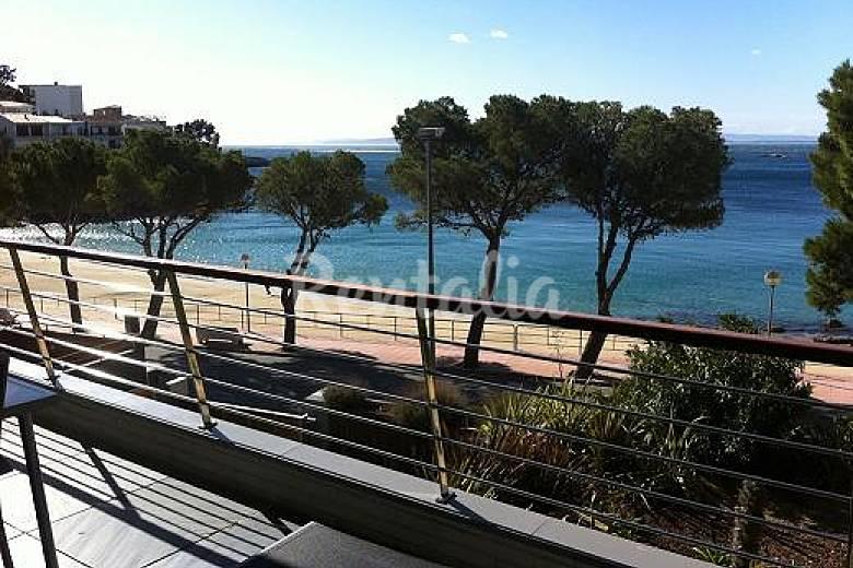 2 Apartamentos de lujo con pisc. en 1a línea de playa Girona/Gerona