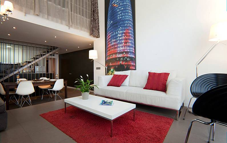 Paralel Triplex Apartment Barcelona