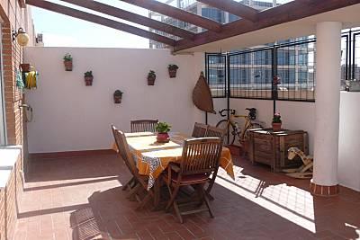 Ático junto a jardín del Turia y Bioparc.WIFI. Valencia