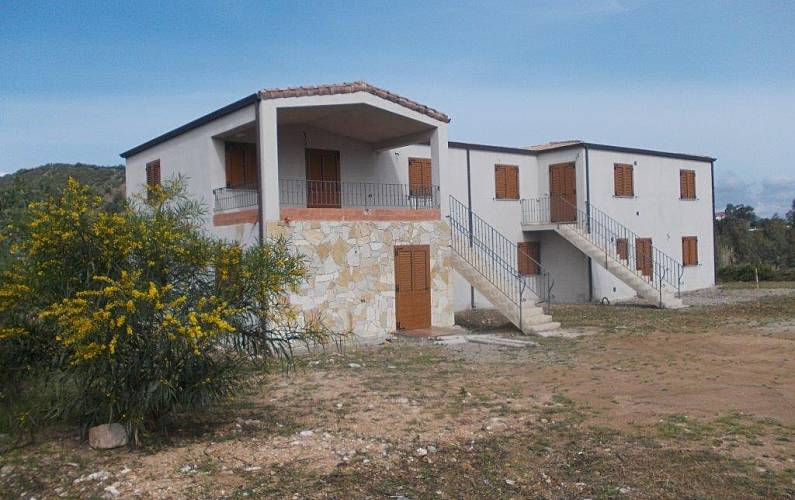 House Outdoors Ogliastra Cardedu Apartment - Outdoors