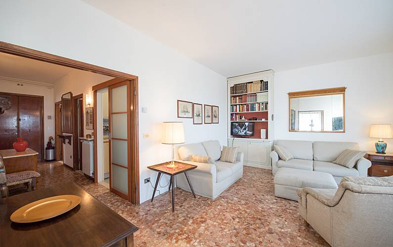 Apartamento para alugar a 40 m da praia Veneza