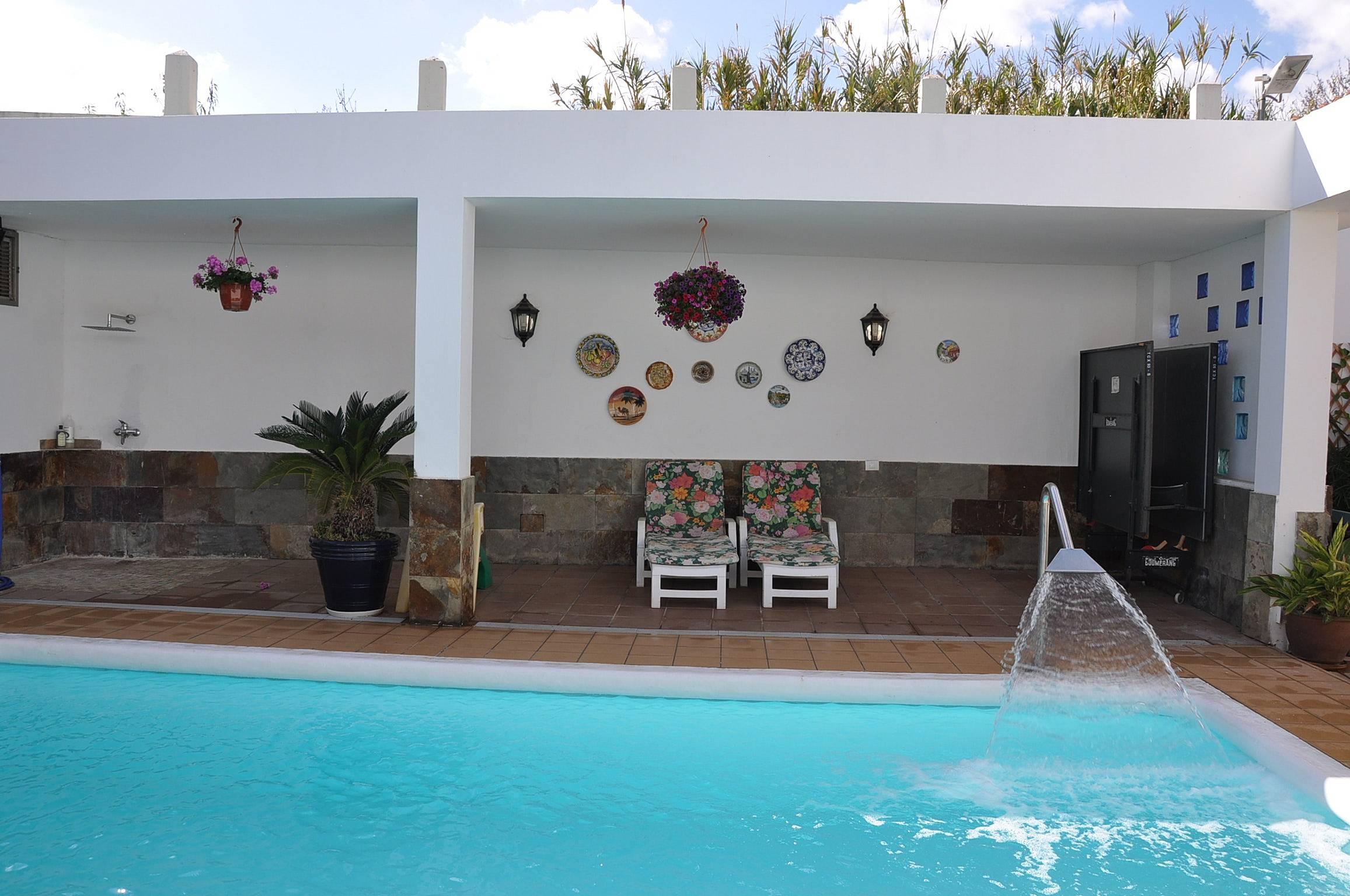 Bonita casa con acceso piscina mirabala valsequillo de for Piscina valsequillo