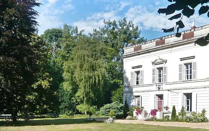 Enchanting Maine-et-Loire Vivy Countryside villa -