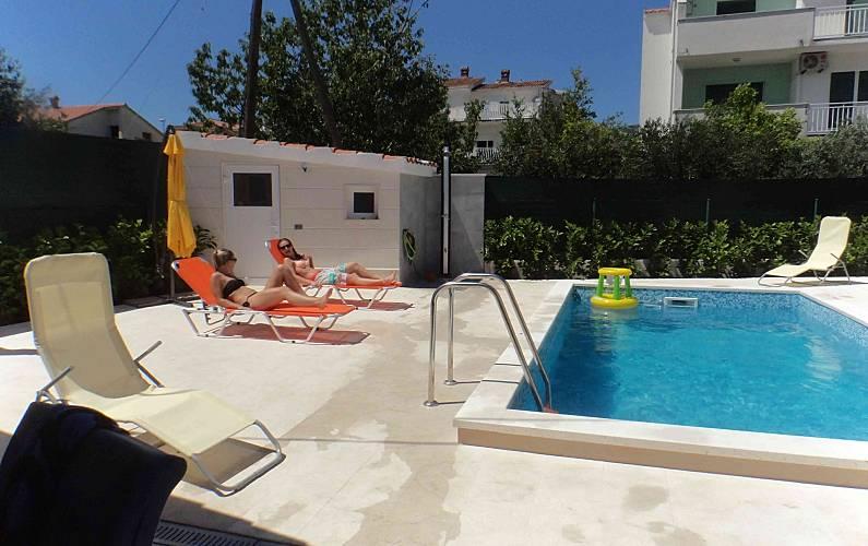 Bonito apt con acceso piscina Split-Dalmacia -