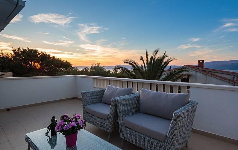 Spacious house with sea view & Wifi Split-Dalmatia -