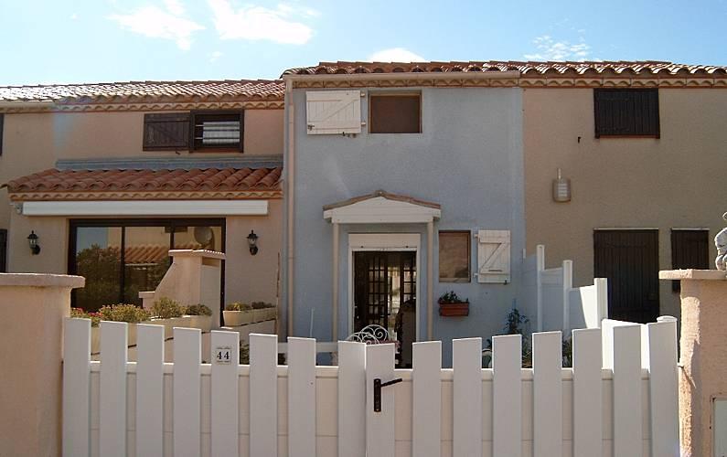 Bonita casa con jardín & terraza Aude -