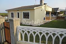 Primera linea de playa, alquiler casa unifamiliar Lugo