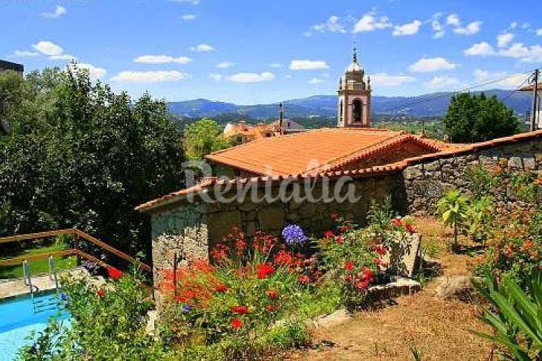 Casa per 8-9 persone con piscina Braga