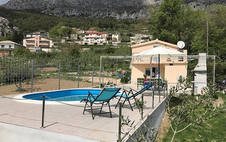 Bonita casa con piscina & terraza Split-Dalmacia -