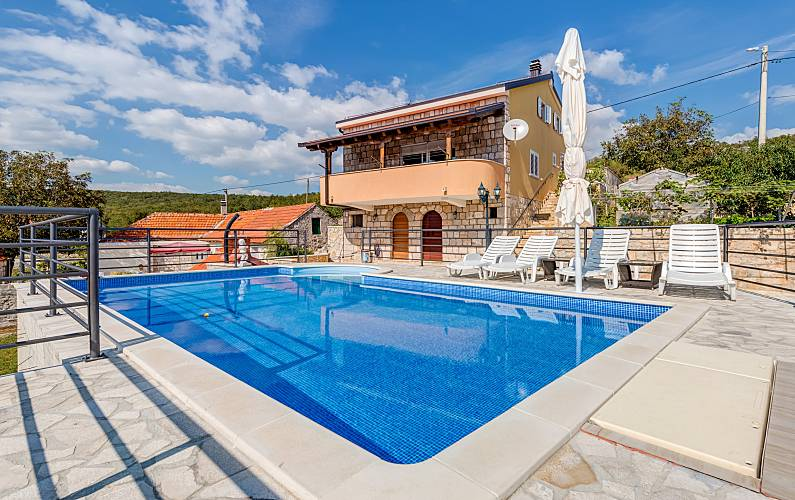 Villa with pool and amazing views Split-Dalmatia -