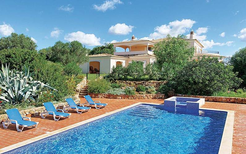 Vivenda para alugar em Tunes Algarve-Faro -