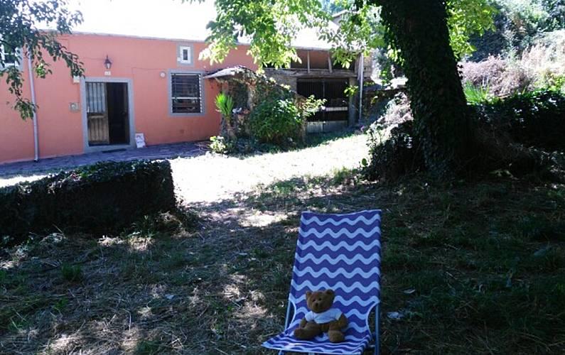 Maison au calme avec jardin aménagé - Pousada - Santiago, Baralla ...