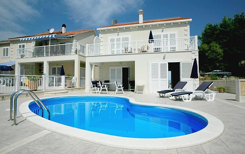 Espaciosa villa con piscina & Wifi Split-Dalmacia -