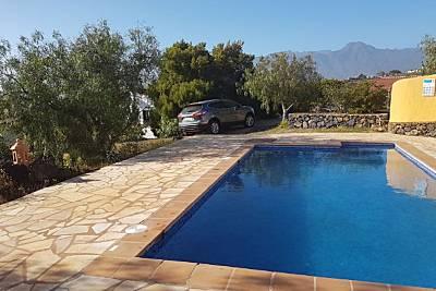 Bonita casa con acceso piscina La Palma