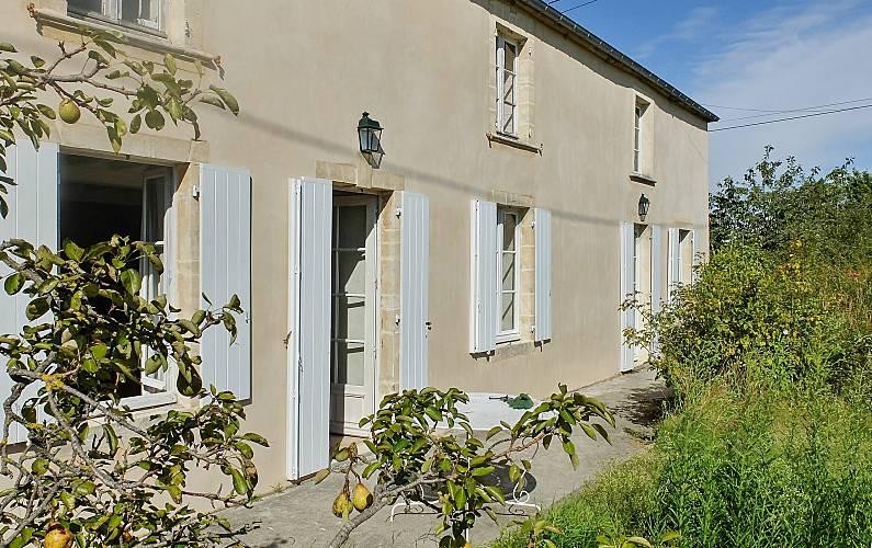 Finca Calvados Castilly Villa en entorno rural -
