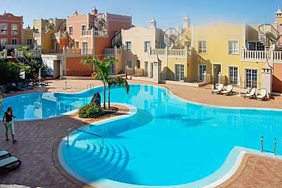 Dúplex con piscina y vistas al mar Tenerife