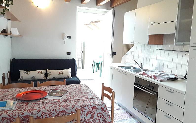 apartamentos Cocina Brescia Desenzano del Garda Apartamento - Cocina