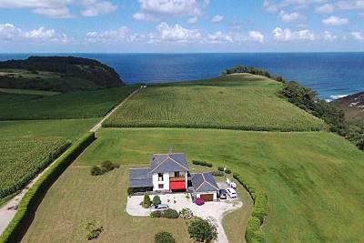 Espaciosa casa vistas al mar Asturias