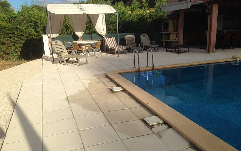 Joli apt avec piscine & terrasse - Carnoux-en-Provence ...