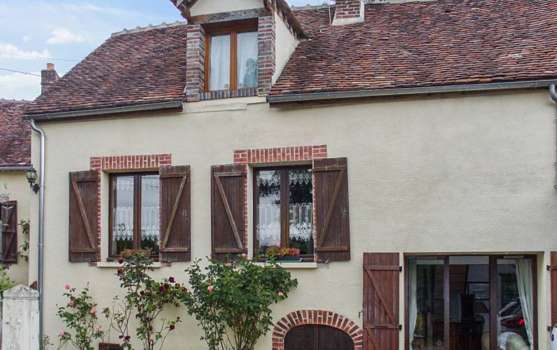 Maison traditionnelle avec jardin - Villeneuve-sur-Yonne (Yonne)