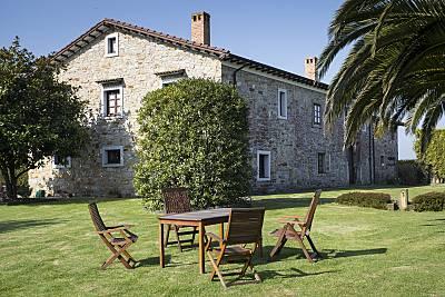 Espectacular casa con jardín & Wifi Asturias