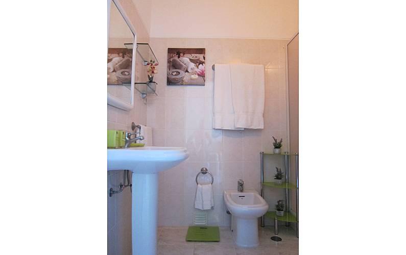 14 Bathroom Algarve-Faro Albufeira Apartment - Bathroom