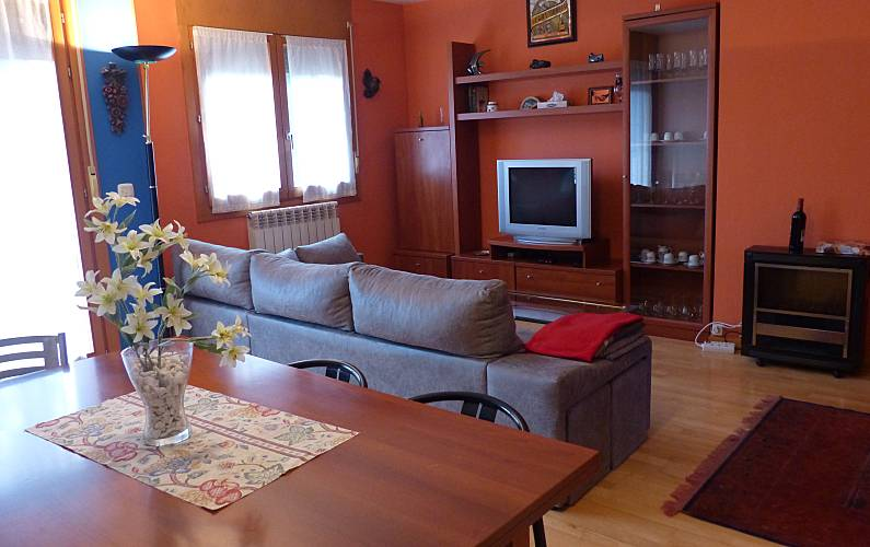 Apartment for 6 people Astún Huesca - Living-room