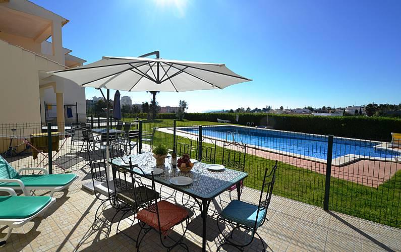 Perfect 2 bed room villa close to the Beach WIFI Algarve-Faro -