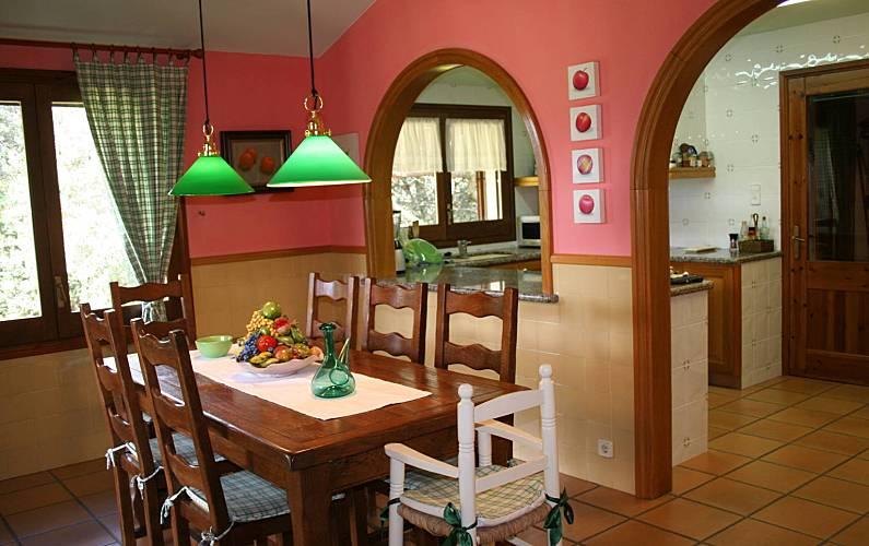 Villa Comedor Barcelona Seva Villa en entorno rural - Comedor