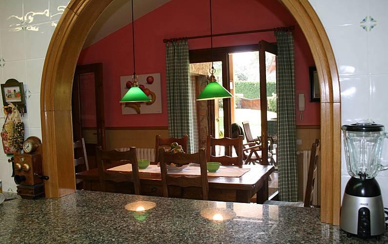 Villa Cocina Barcelona Seva Villa en entorno rural - Cocina