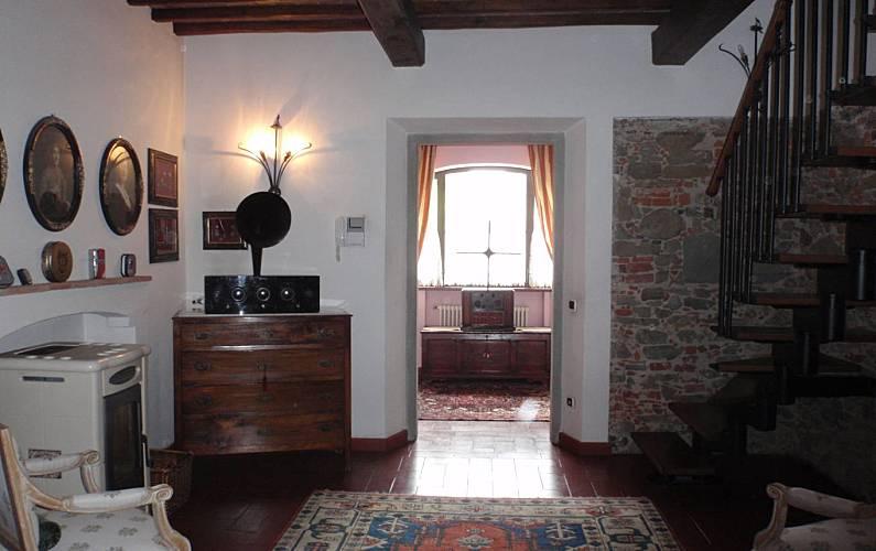 Casa Interior del aloj. Florencia Montelupo Fiorentino Casa en entorno rural - Interior del aloj.