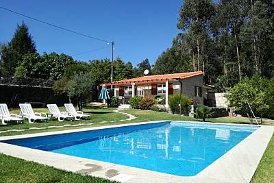Casa com 2 quartos a 4 km da praia Viana do Castelo