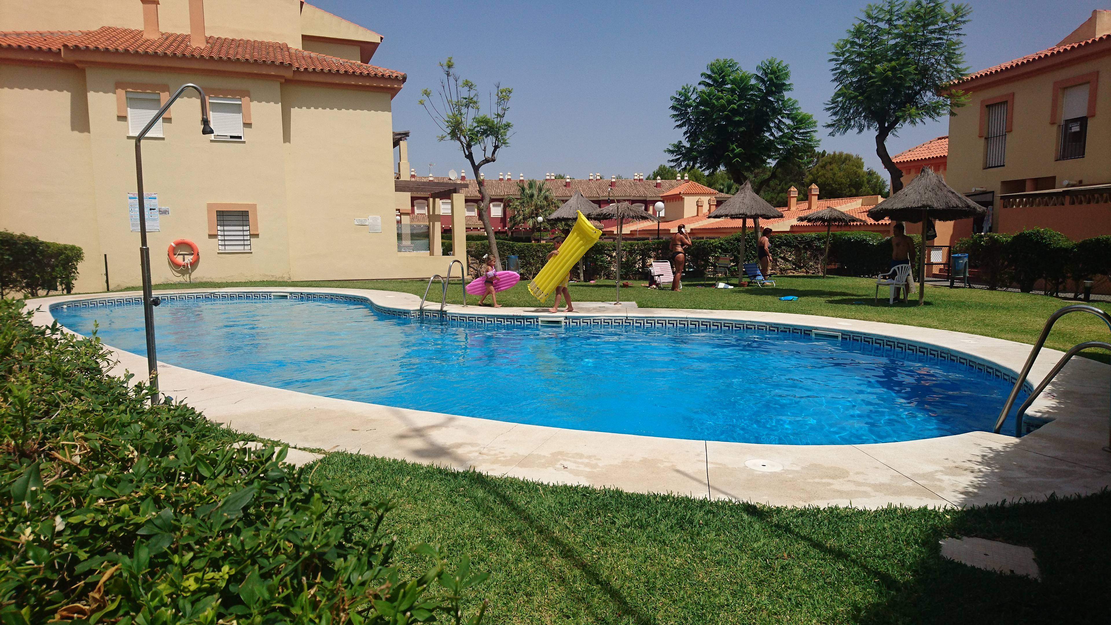 Apartamento para alugar a 500 m da praia islantilla lepe - Rentalia islantilla ...