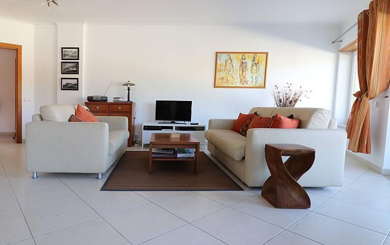 2 Living-room Leiria Alcobaça Apartment - Living-room